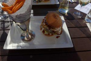 Burger und Sonne und Schatten